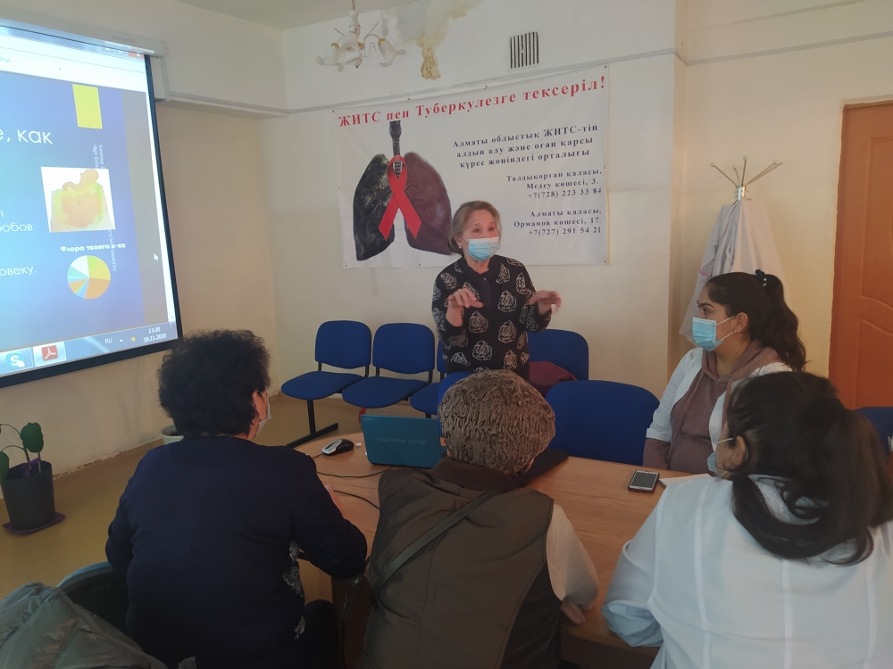 Professor of KazNMU held a course for doctors and nurses